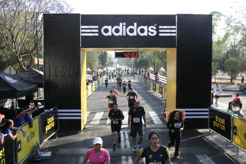 Running: Corriendo por mi, corriendo por las memorias